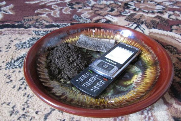Порча по телефону – возможно ли это, и как от нее защититься
